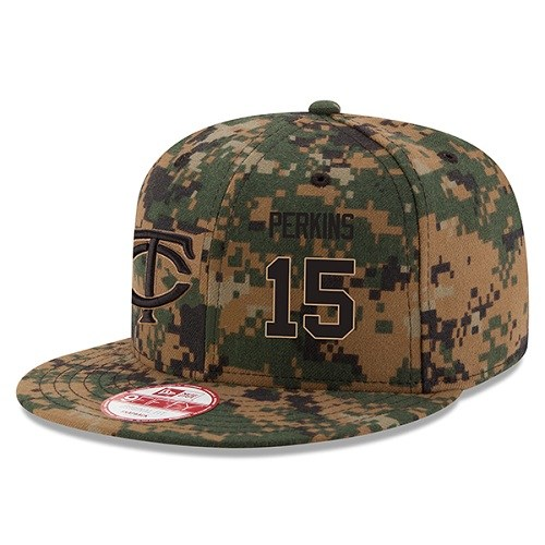 MLB Men's Minnesota Twins #15 Glen Perkins New Era Digital Camo 2016 Memorial Day 9FIFTY Snapback Adjustable Hat