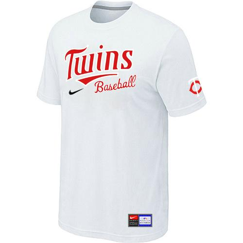 big sale 01974 9ae44 MLB Men s Minnesota Twins Nike Practice T-Shirt - White